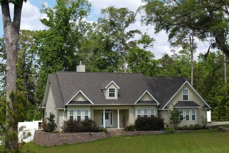 mt vernon roofing company home with shingle roof
