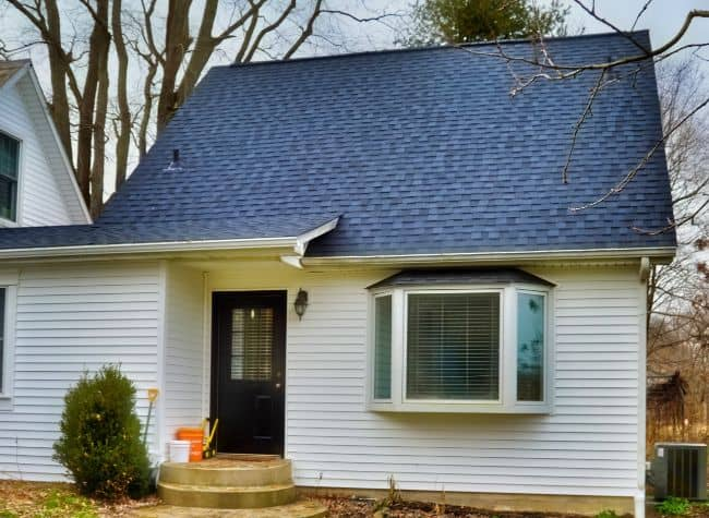 new roof installed by roofing contractors in Mansfield Ohio